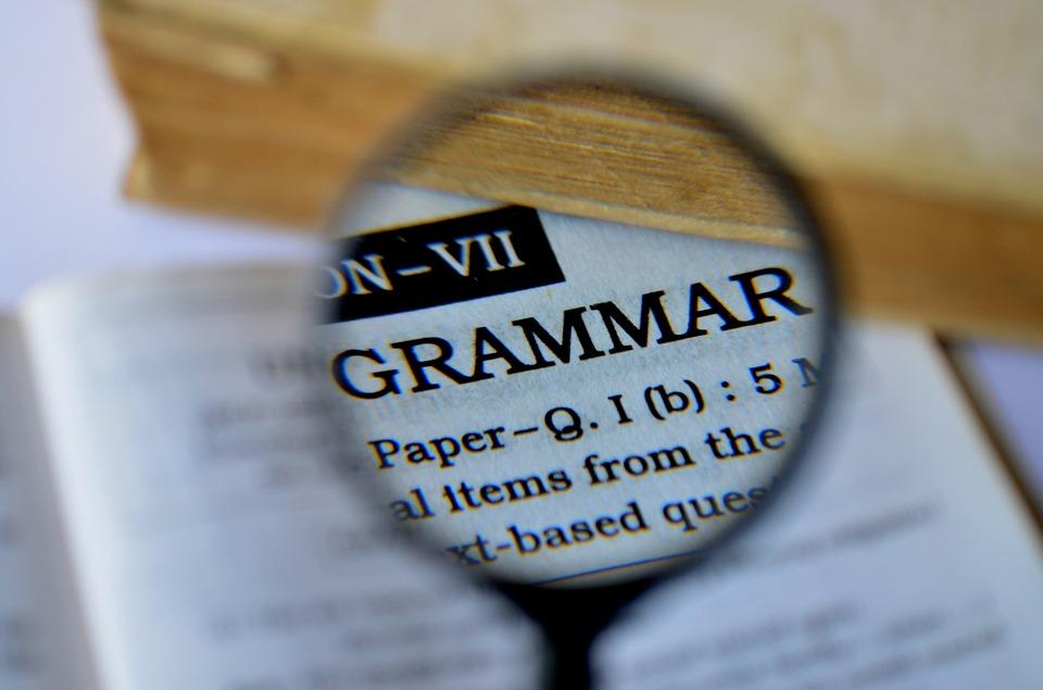 文法は英語を話すために重要?